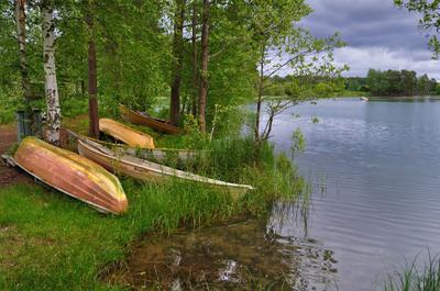 На парковке (2) июль пасмурный_день лодки река Вуокса Финляндия summer Vuoksi Finland