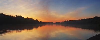 Дивные краски восхода Река Ока май рассвет раннее утро