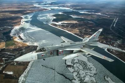 апрельский лед Су-24
