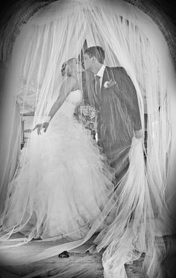 Завеса Поцелуева Свадьба в Тольятти, Свадебный поцелуй, регистрация, свадебный фотограф,