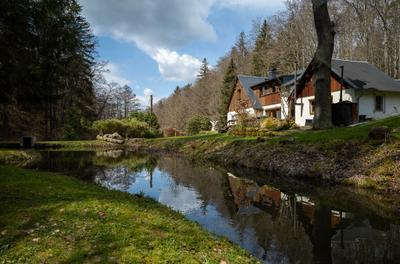 Jaegerhaus - Oppach disfoto leicam10r summilux color summer tree haus natur sun spring water see