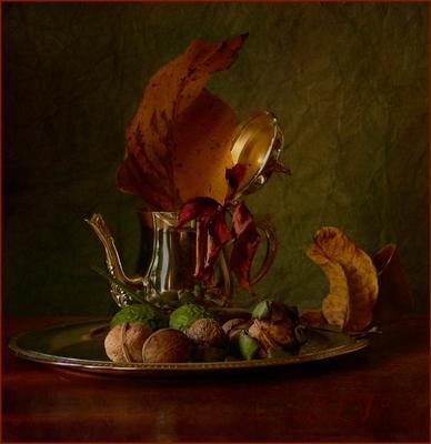 Горячее чаептитие... натюрморт осень орехи плоды