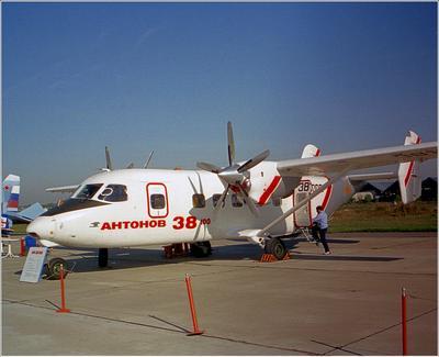 Ан-38 Ан-38 авиация самолет стоянка Жуковский 1998