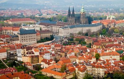 Пражский Град с высоты птичьего полёта Прага, Чехия, Пражский Град, достопримечательности Чехии, http://www.photo-prague.com
