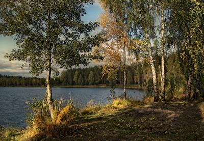 ***Осень на озере.