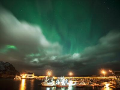 Однажды вечером северное сияние Норвегия январь