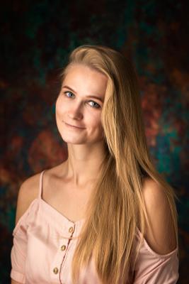 Olga девушка портрет улыбка блондинка красавица