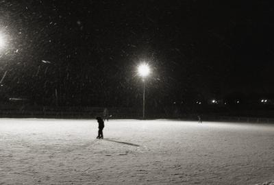На катке. snow ice