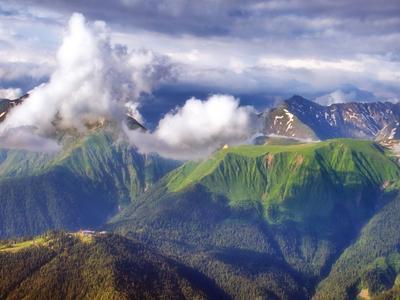 Плато Табунное. горы облака