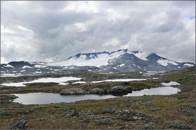 Хмурое норвежское утро Норвегия