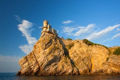 Ласточкино гнездо Ласточкино гнездо Ялта Крым Ай-Тодор Черное море пейзажи Крыма волна пляж Замок Небо Пейзаж