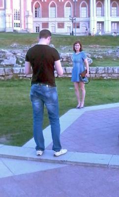 *девочка на площади парень девушка девочка царицыно царики площадь