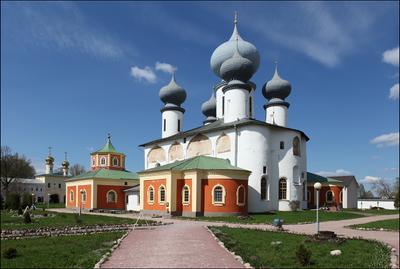 Успенский собор Тихвинский монастырь