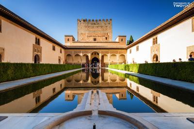 Альгамбра Испания Андалусия Гранада Альгамбра солнце сады бассейн горы отдых