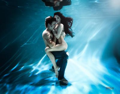 *** пара девушка под водой lovstory lovestory подводная фотосъемка обучеие фотосъемки мк по подводной