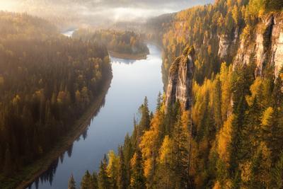 Осень на Усьвинских столбах Пермь пейзаж рассвет утро Усьва Усьвинские столбы река Пермский край лес солнце