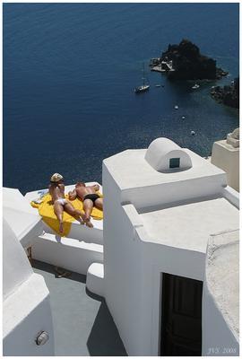 Остров на двоих Санторини, остров, пара, загарают, море, лето