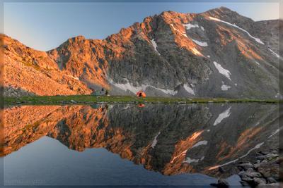 Зависнуть в горах кавказ горы озеро вода зеркало гладь поход туристы палатка