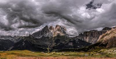 Langkofel Group. Доломитовые Альпы.