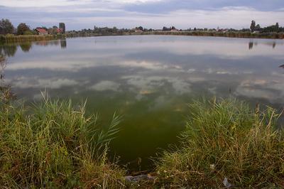 Кровавое озеро кровавое-озеро озеро природа сумерки отражение