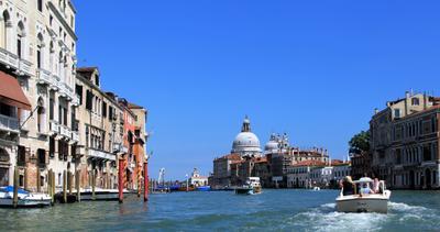Venezia***