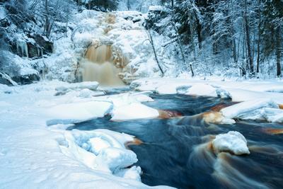 Юканкоски зимой. Карелия.Холодная тональность Юканкоски Карелия водопад зима