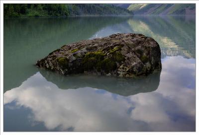 Камни Кучерлинского озера. природа, озеро кучерлинское.алтай камни
