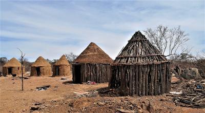 Деревня племени химба, Намибия. африка химба намибия