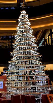 Ёлка Swarovski ОАЭ город Дубай ТЦ Dubai Mall Ёлка Swarovski