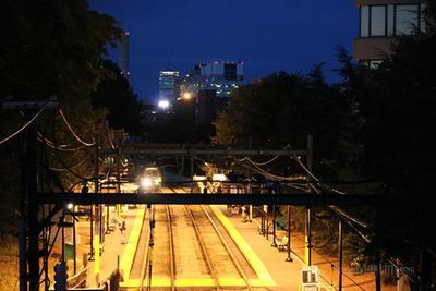 Ночная станция метро в Бостоне Бостон Метро
