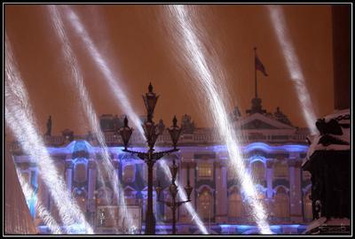 В лучах снега Санкт-Петербург зима лучи Дворцовая площадь фонарь снег праздник Рождество