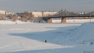 Январь 2021 г. Первый морозный денёк. Рыбачок на Волге.