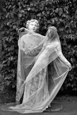 Два слоя моды ассоциации2018 царскоесело мода бэкстейдж