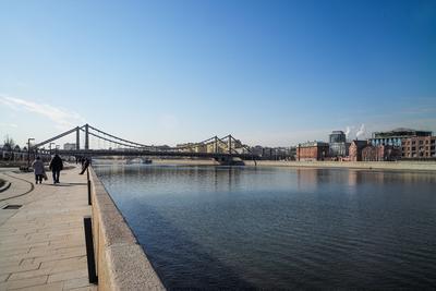 Река Москва-река набережная город