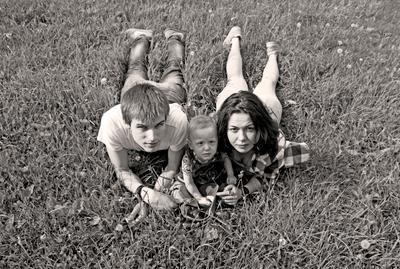 *** семья лето чб