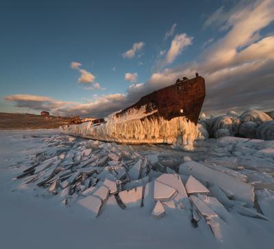 Стар Baikal Siberia Байкал Сибирь лед ice корабль ship Olkhon Ольхон