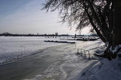 *** зима река лёд январь