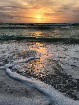 Закат с острова Бали, Индонезия Закат океан бали