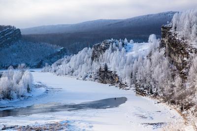 *Зима наступает** река снег деревья люди