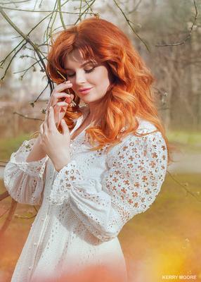 Mira девушка портрет весна природа нежность рыжая модель