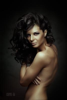 # # # shmel ishmel woman zeiss portraite
