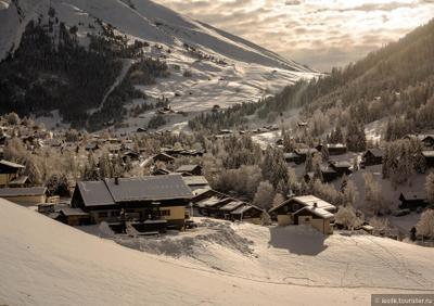 Оттенки белого Снег Альпы Ла Клюза
