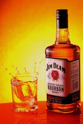 Jim Beam бурбон виски реклама напитки брызги