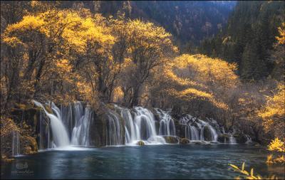 Осень в Цзючжайгоу... Каитй Цзючжайгоу пейзаж осень водопад сычуань природа