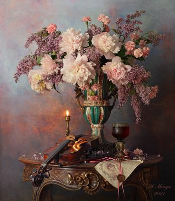 Натюрморт со скрипкой и цветами цветы скрипка пионы букет сирень ваза свеча