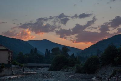 Утренний Цусхвадж горная река Цусхвадж утро рассвет горы Кавказ Сочи лето природа