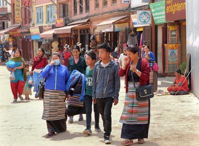 Непалки и непальцы Непал Катманду непалки-непальцы