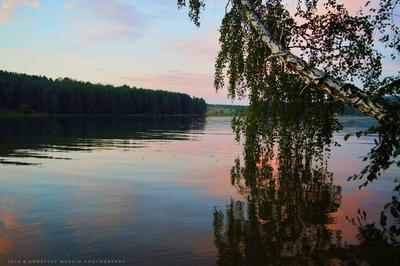 Летний закат на заливе Закат природа вечер вода гладь Иркутск лето