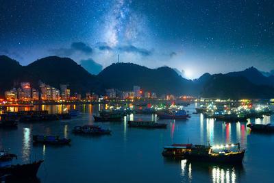 Ночной Cat Ba. Вьетнам вьетнам Cat Ba milk way stars