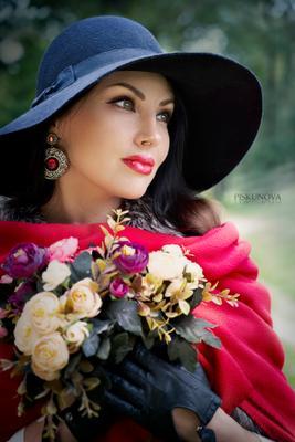 Анна девушка красотка дама леди с цветами портрет романтика